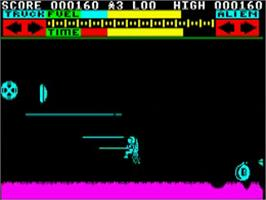 In game image of Lunar Jetman on the Acorn BBC Micro.