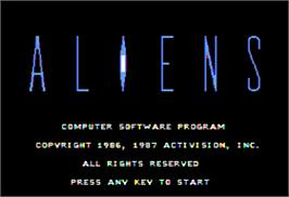 In game image of Aliens on the Apple II.