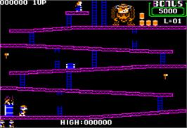 In game image of Donkey Kong on the Apple II.
