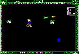 In game image of Gremlins on the Apple II.