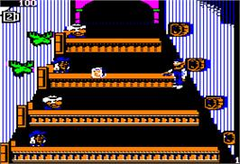 In game image of Tapper on the Apple II.