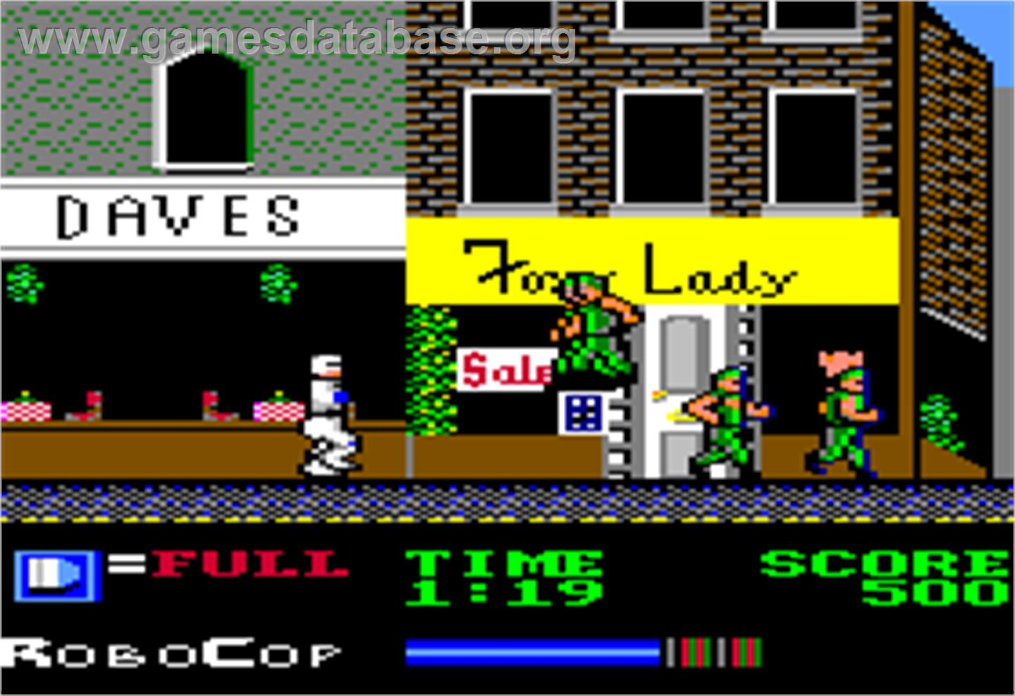 In game image of Robocop on the Apple II.