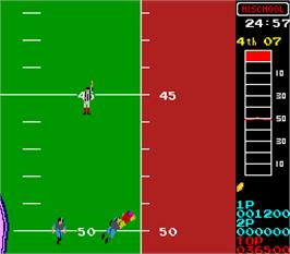 In game image of 10-Yard Fight '85 on the Arcade.