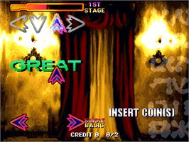 In game image of Dancing Stage featuring TRUE KiSS DESTiNATiON on the Arcade.