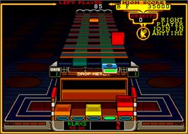 In game image of Klax on the Arcade.