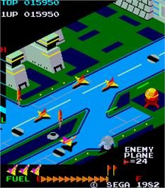 In game image of Super Zaxxon on the Arcade.
