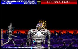In game image of Terminator 2 - Judgment Day on the Arcade.