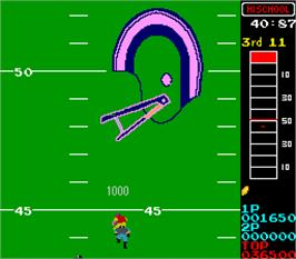 In game image of Vs 10-Yard Fight on the Arcade.