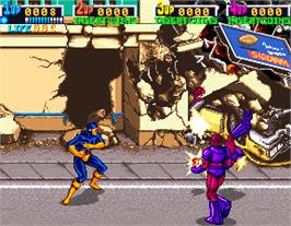 In game image of X-Men on the Arcade.