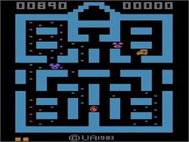In game image of Cat Trax on the Atari 2600.