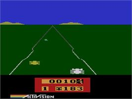 In game image of Enduro on the Atari 2600.