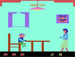 In game image of Mangia' on the Atari 2600.