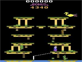 In game image of Roc 'N Rope on the Atari 2600.