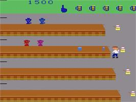 In game image of Tapper on the Atari 2600.