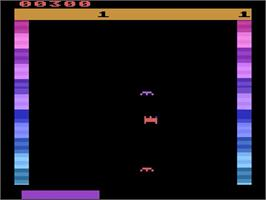 In game image of Threshold on the Atari 2600.
