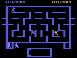 In game image of Wizard of Wor on the Atari 2600.