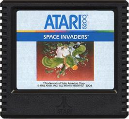 Cartridge artwork for Space Invaders on the Atari 5200.