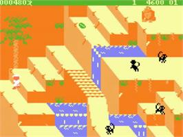 In game image of Congo Bongo on the Atari 5200.