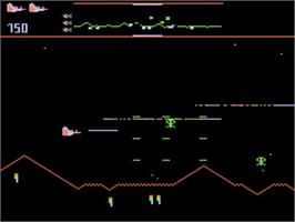 In game image of Defender on the Atari 5200.