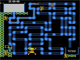 In game image of Frisky Tom on the Atari 5200.
