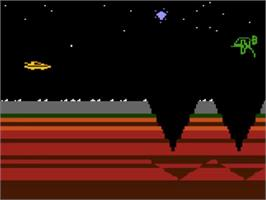 In game image of James Bond 007 on the Atari 5200.