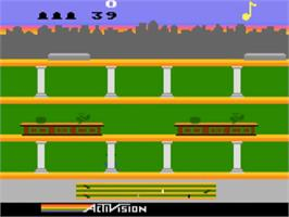 In game image of Keystone Kapers on the Atari 5200.