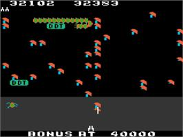 In game image of Millipede on the Atari 5200.