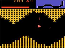 In game image of Vanguard on the Atari 5200.