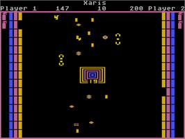 In game image of Xari Arena on the Atari 5200.
