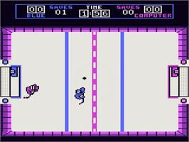 In game image of Hat Trick on the Atari 7800.