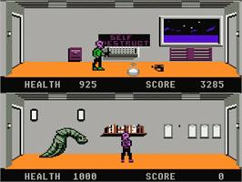 In game image of Xenophobe on the Atari 7800.
