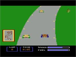 In game image of Pitstop on the Atari 8-bit.