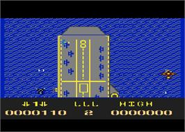 In game image of Screaming Wings on the Atari 8-bit.