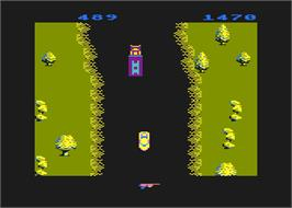 In game image of Spy Hunter on the Atari 8-bit.