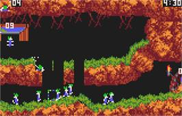 In game image of Lemmings on the Atari Lynx.