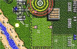 In game image of Raiden on the Atari Lynx.
