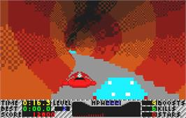 In game image of S.T.U.N. Runner on the Atari Lynx.