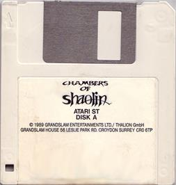 Artwork on the Disc for Chambers of Shaolin on the Atari ST.