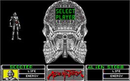 In game image of Alien Storm on the Atari ST.