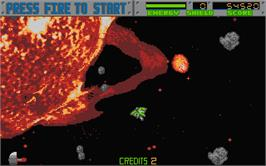In game image of Blasteroids on the Atari ST.