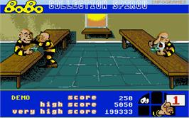 In game image of Bomb'X on the Atari ST.