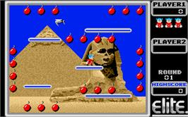 In game image of Bomb Jack on the Atari ST.