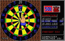 In game image of Bully's Sporting Darts on the Atari ST.