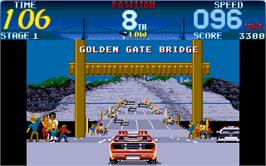In game image of Cisco Heat: All American Police Car Race on the Atari ST.