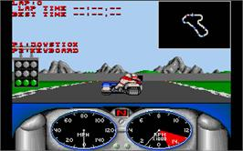 In game image of Combo Racer on the Atari ST.