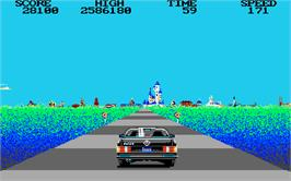 In game image of Crazy Cars 2 on the Atari ST.
