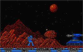 In game image of Exolon on the Atari ST.