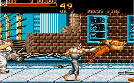 In game image of Final Fight on the Atari ST.