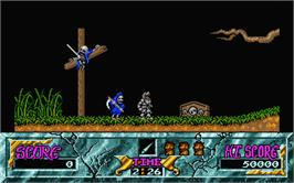 In game image of Ghouls'n Ghosts on the Atari ST.