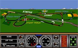 In game image of Hard Drivin' on the Atari ST.